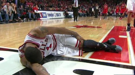 Derrick Rose after his ACL  injury.