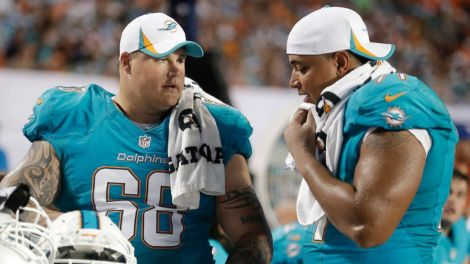 Richie Incognito (Left) and Jonathan Martin (Right).
